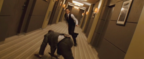 inception-screencap-13-hallway-fight-joseph-gordon-levitt